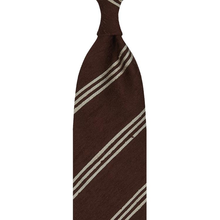 Cravate rayée en shantung de soie marron et beige, roulée à la main